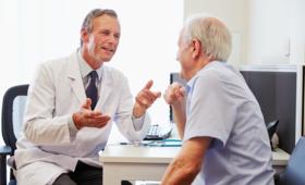 RODO w przychodniach: z drzwi gabinetów lekarskich znikną nazwy specjalności