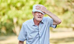 Uwaga, upał! Seniorzy są szczególnie narażeni na odwodnienie