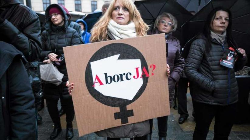 """Aborcja """"dyskryminuje chore dzieci""""? Do Sejmu trafił kontrowersyjny projekt ustawy"""