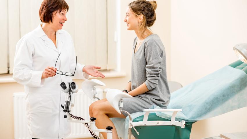 Pierwsza wizyta u ginekologa jest stresująca i wymaga od kobiety dużej odwagi