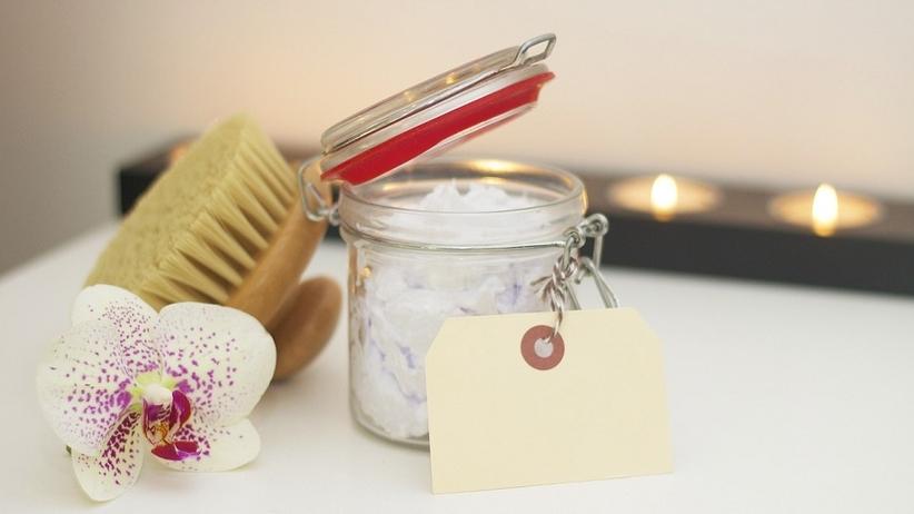Domowe SPA ‒ pomysły na relaksujące i odżywiające kąpiele