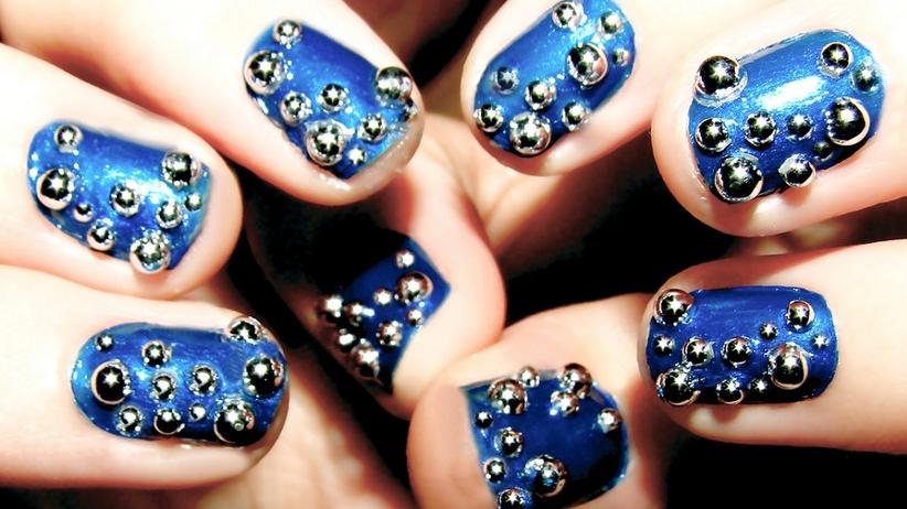 Jak zadbać o zniszczone paznokcie?