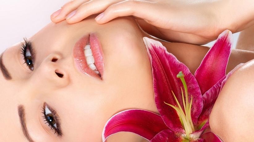 Nowy trend: Czy kobiety powinny golić twarz?!