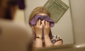 Jak poprawnie oczyścić twarz po treningu?