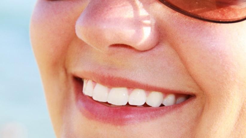 Nie leczysz zębów? Uważaj, to zatruje Twój organizm!