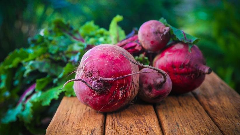 Poznaj moc sezonowych warzyw. Dlaczego warto jeść BURAKI?