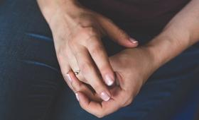 """8 rzeczy, które paznokcie """"powiedzą"""" o Twoim zdrowiu"""