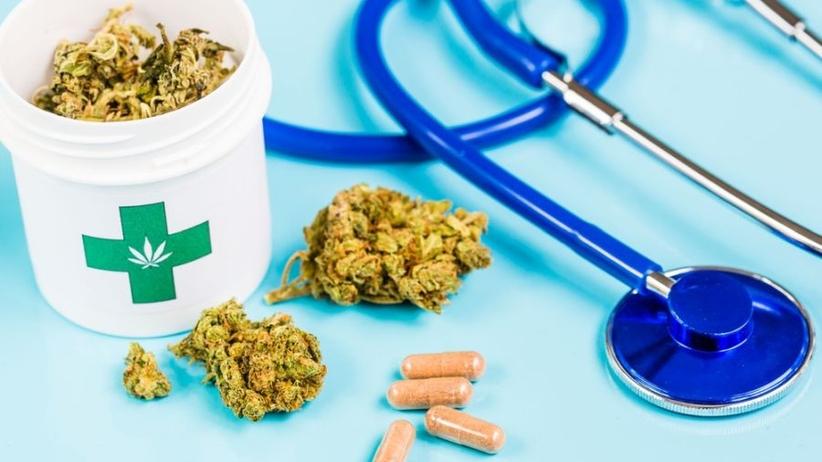 Ministerstwo Zdrowia: Medyczna marihuana będzie dostępna w aptekach