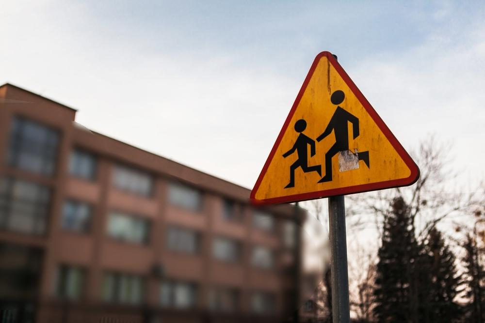 Gimnazjaliści zatruli się nieznaną substancją. 9 uczniów w szpitalu