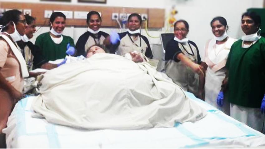 Jak dowieźć najcięższą kobietę świata na operację? Pomógł dźwig i ciężarówka
